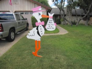 Montgomery County Stork Signs~Maryland Yard Stork Sign Rentals Flying Storks (301) 606-3091